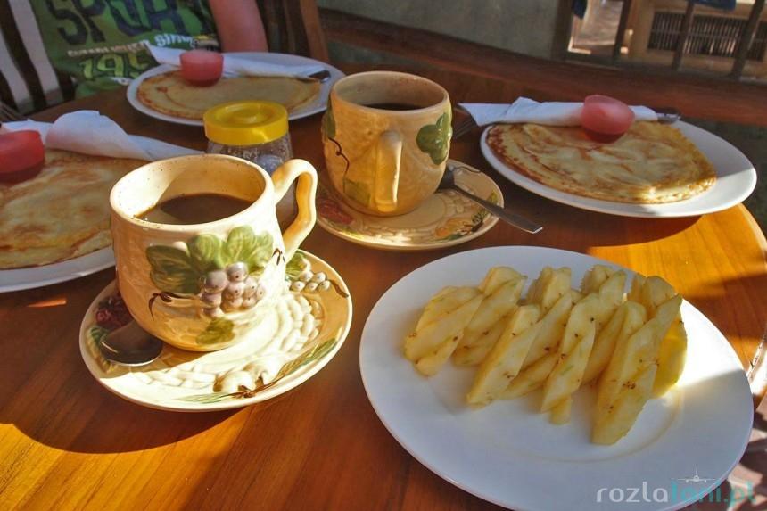 Gili Meno Smile Cottages - śniadanie